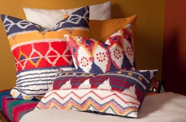intrinsic pillows